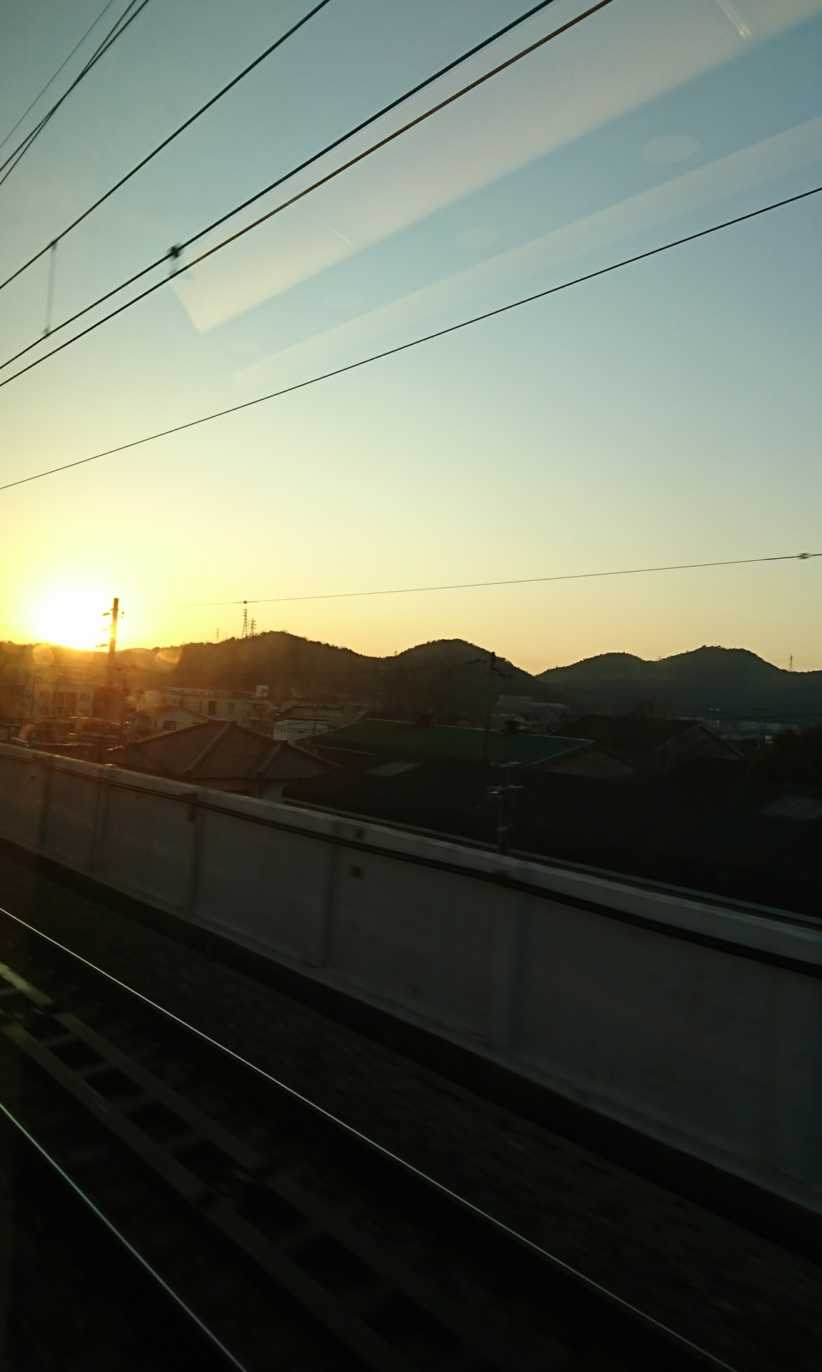 20200114:新幹線からの日の出01
