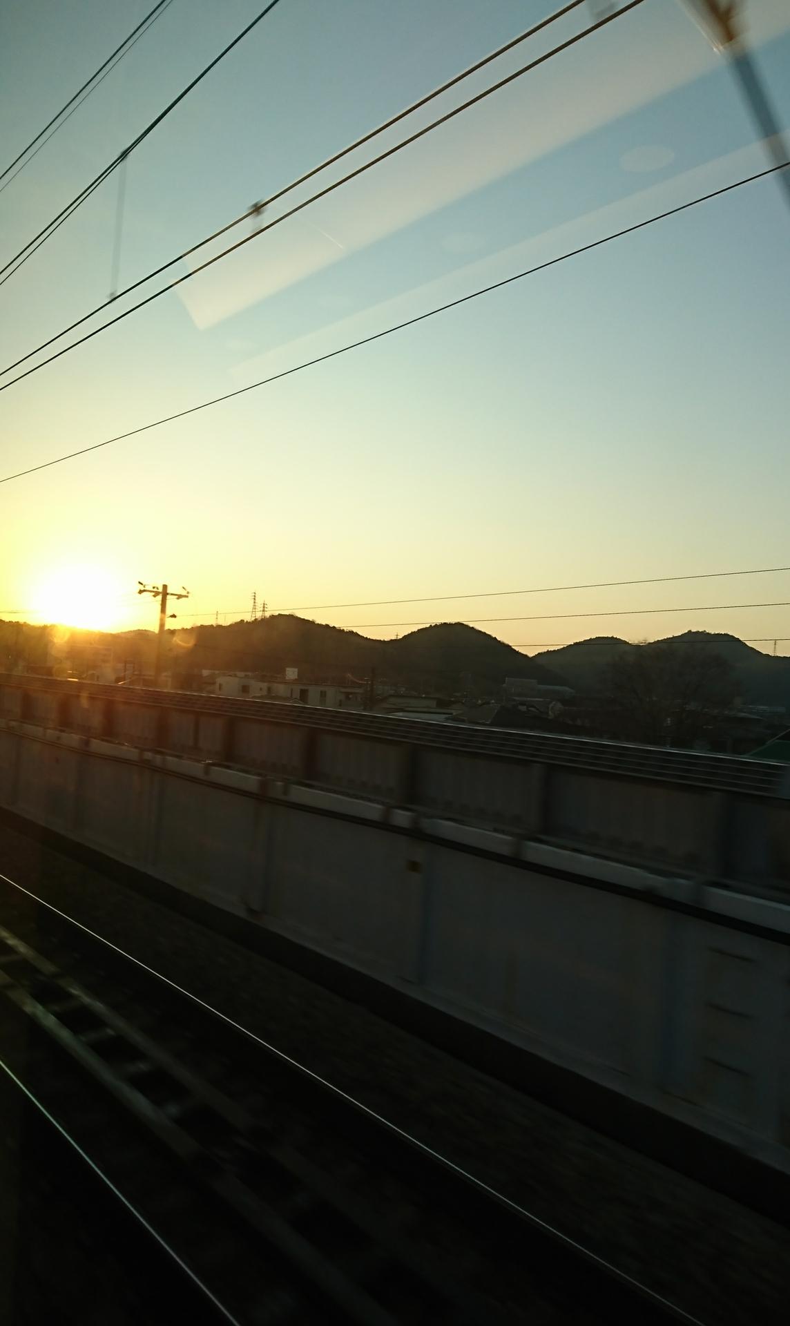 20200114:新幹線からの日の出02
